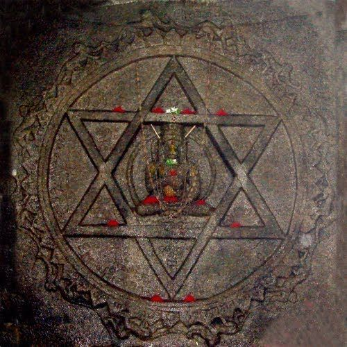 YANTRODDARAKA-Hanuman2